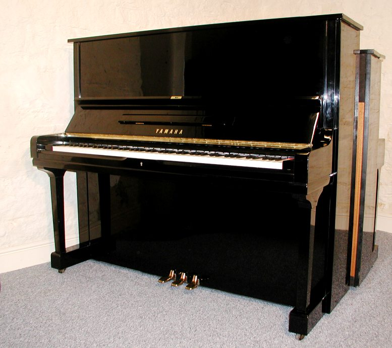 Used verticals pianos piano trends music company for Used yamaha u3 upright piano